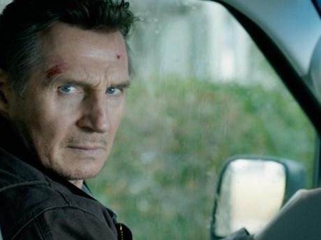 Khán giả Bắc Mỹ bị 'hút' vào cuộc đối đầu giữa Liam Neeson và FBI