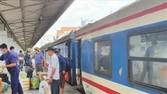 Đường sắt điều chỉnh kế hoạch chạy tàu vì mưa lũ tại miền Trung