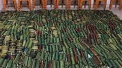 Nghệ An: Người dân nấu bánh chưng tiếp tế dân vùng lũ miền trung
