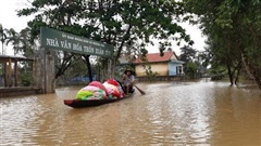 Trung tâm AHA (ASEAN) gửi hàng viện trợ cho 2 tỉnh Huế và Quảng Trị