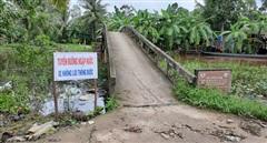 Hai huyện ở Cà Mau tiếp tục cho học sinh nghỉ học vì ngập lụt
