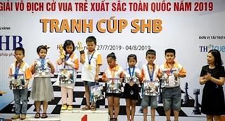 300 kỳ thủ tranh tài tại Giải Cờ vua trẻ toàn quốc 2020