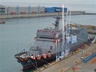 Hải quân Hàn Quốc tiếp nhận tàu huấn luyện đặc biệt hiện đại