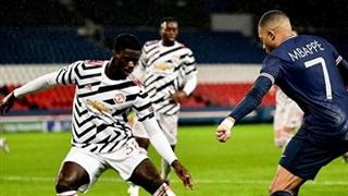 Rio Ferdinand hết lời khen trung vệ MU 'bỏ túi' Mbappe
