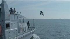 Xem binh sĩ Anh bay lượn trên không như trong phim 'Iron Man'