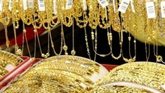 Giá vàng thị trường châu Á ngày 21/10 tăng gần 15 USD so với phiên giao dịch hôm qua