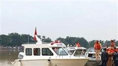 Bàn giao ca nô công suất lớn phục vụ cứu hộ, cứu nạn cho công an Thừa Thiên - Huế
