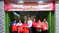 Chi hội Thiện nguyện tặng quà người nghèo tại phường 7 quận Phú Nhuận