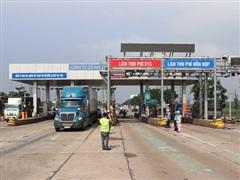 Tạm dừng thu phí BOT Quốc lộ 1 qua Quảng Trị để phục vụ cứu trợ bão lũ
