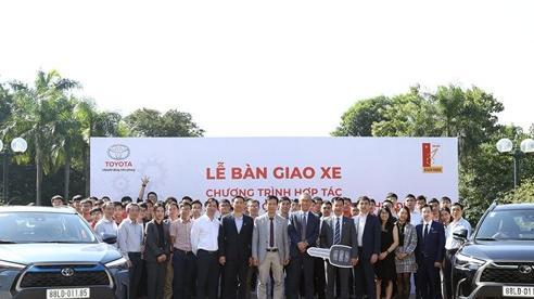 Toyota Việt Nam và Trường Đại học Bách Khoa Hà Nội hợp tác nghiên cứu xe hybrid