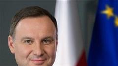 Tổng thống Duda mắc SARS-CoV-2, Ba Lan đóng cửa nhà hàng và quán bar
