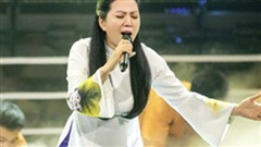 Chỉ một đêm nhạc, ca sĩ xứ Nghệ Đinh Hiền Anh cùng các đồng nghiệp thu được 34,2 tỷ ủng hộ đồng bào miền Trung
