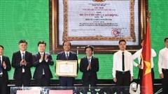 Bệnh viện Đa khoa TP Vinh đón nhận Huân chương lao động hạng Nhì