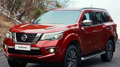 Giá xe ôtô hôm nay 25/10: Nissan Terra dao động từ 848-998 triệu đồng