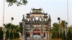Phân luồng phương tiện phục vụ Tuần văn hóa - thương mại - làng nghề quận Long Biên