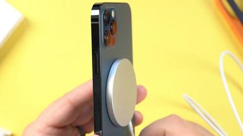 Các máy iPhone 12 có thời lượng sử dụng pin ngắn hơn iPhone 11