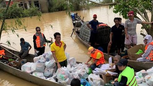 600 tấn hàng đã đến với người dân bị bão lũ