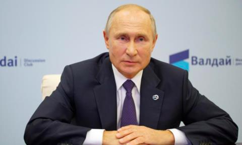 Putin phản bác Trump về cáo buộc nhắm vào nhà Biden