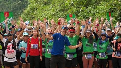Thanh Hóa: Hơn 1.000 VĐV tranh tài Giải Marathon băng rừng Việt Nam - Pù Luông
