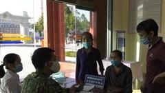 Tiếp nhận 23 công dân Việt Nam từ Trung Quốc trở về