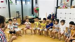 Dạy trẻ làm quen tiếng Anh từ 3 tuổi: Trường công khó hơn nhiều lần trường tư?
