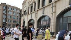 Trung Quốc bùng phát dịch COVID-19 tại Tân Cương