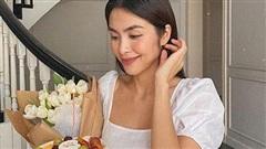 Để ý mới thấy Tăng Thanh Hà ăn sáng rất khác biệt: Không phải xôi cháo, bún phở mà là 5 loại quả ngon lành này, chả trách làm mẹ 2 con mà vẫn xinh đẹp, khỏe khoắn!