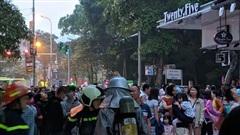 Hà Nội: Cháy căn hộ ở chung cư HH Linh Đàm, cư dân tá hỏa di tản lúc rạng sáng
