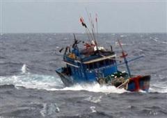 Tàu cá chìm, 12 ngư dân mất tích ở vùng biển Khánh Hòa