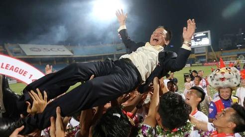 Bầu Hiển có ảnh hưởng lớn như thế nào đến V.League?