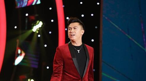 Hồ Việt Trung từng theo nấu ăn, rửa chén cho nhiều ca sĩ nổi tiếng để xin họ cho theo đi hát