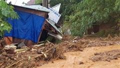 Thủ tướng ra công điện khẩn trong đêm về vụ sạt lở đất khiến nhiều người bị vùi lấp tại Quảng Nam