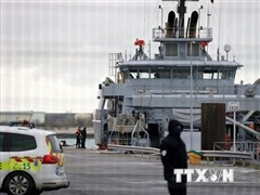Chìm thuyền chở người di cư ở eo biển Manche, 4 người thiệt mạng