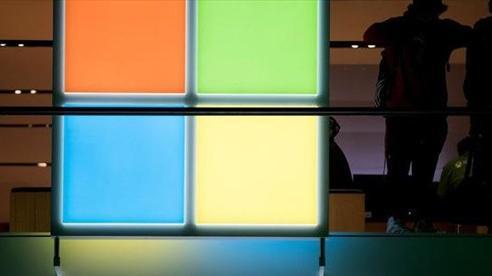 Microsoft: 'Cỗ máy' in tiền trong mùa COVID-19
