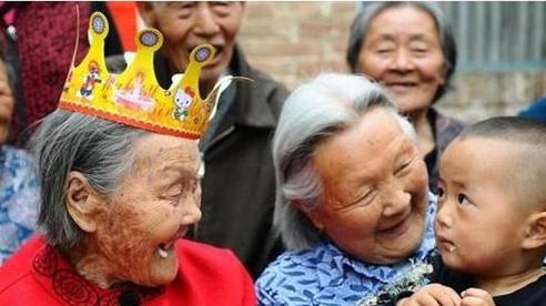 'Ngôi sao' trong làng cao tuổi tại Trung Quốc vừa qua đời ở tuổi 127 và 4 điều quý báu để lại về bí quyết trường thọ