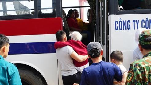 Hòa Phát ủng hộ tỉnh Quảng Ngãi 5 tỷ đồng khắc phục hậu quả bão số 9
