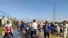 Người dân lo lắng vì thủy điện xả tràn trong đêm