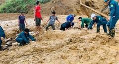 Tìm thấy 5 thi thể trong vụ sạt lở núi ở Phước Sơn