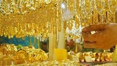 Giá vàng hôm nay 29/10: Chênh lệch mua - bán đang ở khoảng rộng