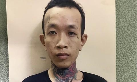 Truy nã gã côn đồ có hình xăm trên cổ