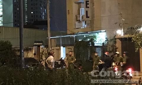 Một phụ nữ bị siết cổ tử vong, cướp tài sản trong khách sạn ở Sài Gòn