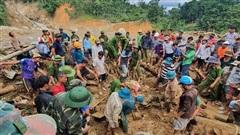 Sạt lở kinh hoàng ở Quảng Nam: Mưa trở lại tại hiện trường