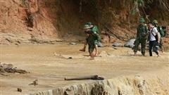 Vụ sạt lở ở Quảng Nam: Lên phương án tiếp tế gấp rút cho hơn 3.000 hộ dân bị cô lập