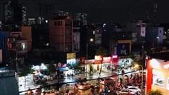 Nhiều tuyến đường ở TP Hồ Chí Minh ngập sâu hơn nửa mét