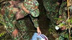 Huy động lực lượng truy bắt nhóm đối tượng để lại 30 bánh heroin bỏ trốn
