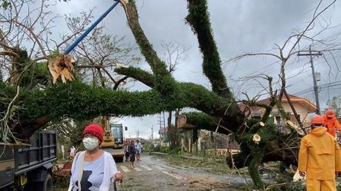 Siêu bão đổ bộ vào Philippines