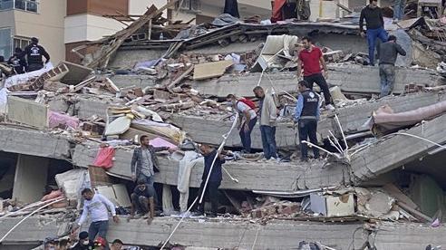 Thổ Nhĩ Kỳ: Số người tử vong do động đất đã lên đến 69