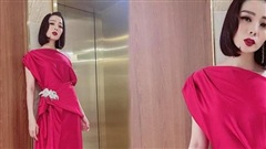 Hậu ly hôn, Lệ Quyên trông lạ với tóc ngắn diện kiểu váy màu hồng chóe nổi bật xuống phố