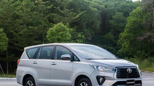 Bảng giá xe Toyota mới nhất tháng 11/2020: Toyota Hiace tăng giá cao nhất lên đến 177 triệu đồng