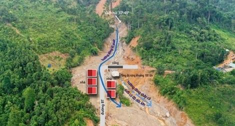 Nguyên nhân nào gây sạt lở đất tại xã Trà Leng?